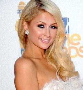 Pakai Kokain, Paris Hilton Ditangkap Polisi