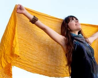 6 Variasi Gaya Mengenakan Pashmina