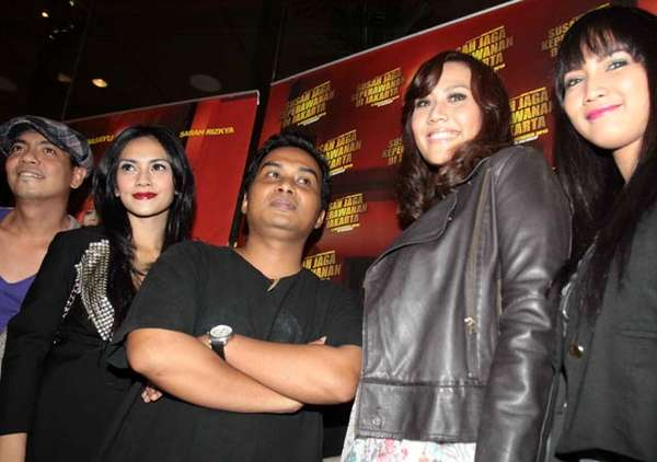 Bintang Susahnya Jaga Keperawanan di Jakarta