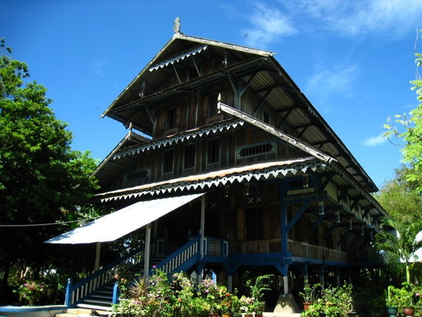 Malige, tempat tinggal Sultan Buton