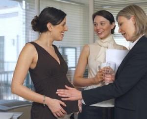 4 Tips Bekerja Saat Hamil