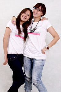 Tim Bangkok (Elizabeth dan Inge)