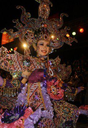Solo Batik Carnival IV Berlangsung Meriah