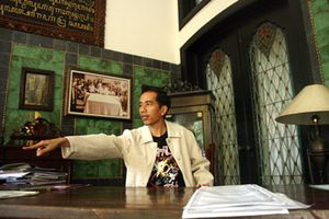 Artikel Lengkap Jokowi, Walikota Solo Forester Yang Suka Musik Cadas