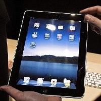 Randy Mengaku Pernah Jual 12 iPad Sebelum Tertangkap