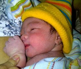 Dian Sastro Beri Nama Anaknya Syailendra Sutowo