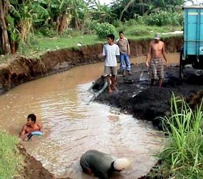 Kisah Para Penambang Pasir Desa Ceruk di Natuna