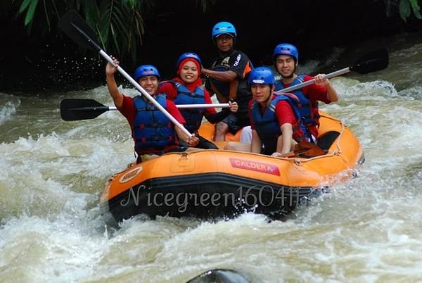 Caldera-Rafting