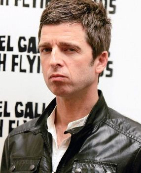 Konser Debut, Noel Gallagher Bawakan 9 Lagu Oasis