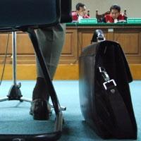 10 Kasus yang Mengguncang Hukum Indonesia