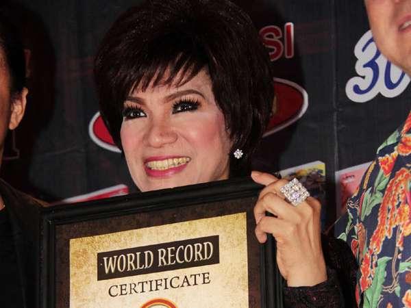 Dorce Pecahkan Rekor Dunia