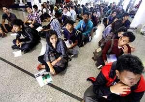 Ribuan Orang Rela Antre demi Indonesian Idol