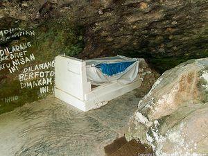 Menengok Makam Siti Nurbaya di Padang