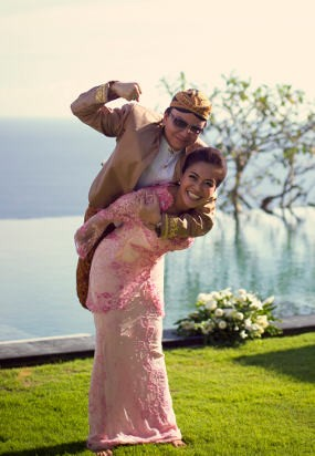 Ini Dia Alasan Denada & Jerry Menikah di Bali