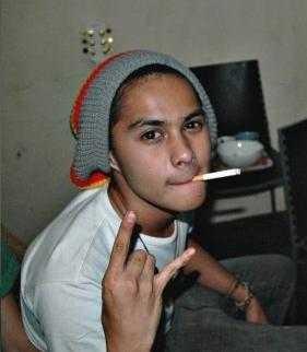 Anak Angkat Rano Karno Pesan Narkoba via WhatsApp Messenger