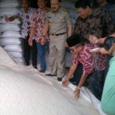 Antisipasi Harga Beras Naik, Foke Sidak ke Pasar Induk Cipinang