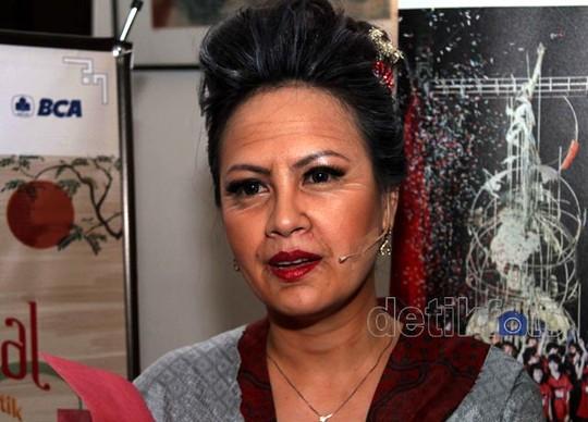 Chintya Lamusu Jadi Nenek