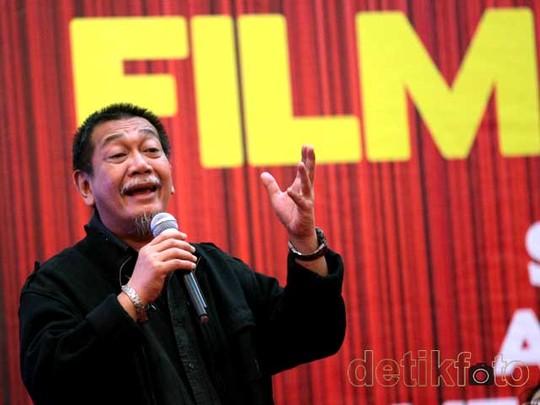 Deddy Mizwar Bosan Ngomongin Film!