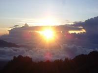 Matahari terbit di atas Kelimutu (Putri/ detikTravel)
