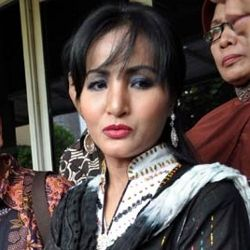 Machica Mochtar Ajukan Pengesahan Anak ke PA Tigaraksa