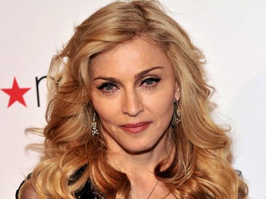 Makin Tua Madonna Makin Sip