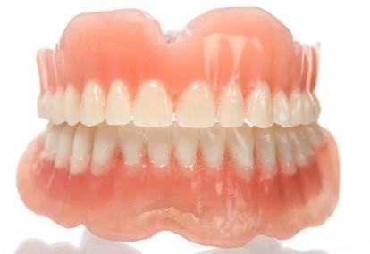 Tukang Gigi Jalanan Pasrah Terima Peraturan Kemenkes f982433702