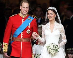 Kate Middleton & Pangeran William Rayakan Ulang Tahun Pernikahan Pertama