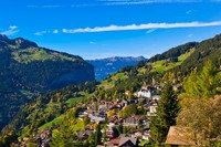 Lanskap alam yang cantik dengan latar belakang Pegunungan Alpen di Desa Wengen, Swiss (Sumber: blaineharrington.photoshelter.com)