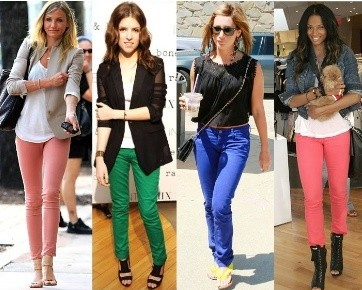 7 Tips Padu Padan Celana Jeans Berwarna Terang
