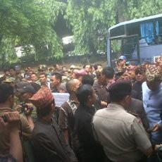 Bandar Lampung Disebut Kota Terkotor, Tokoh Adat Demo KLH