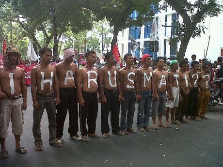 300 Petani Padang Lawas Demo Kapolda Sumut