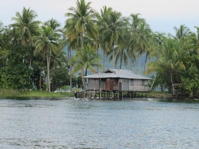 Pulau Hosena, Jejak Sekutu di Danau Sentani