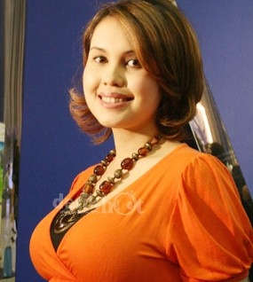 Operasi Perut, Cindy Claudia Harahap Terbaring di Rumah Sakit