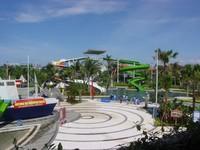 Meskipun begitu, keadaan yang sepi bisa memuaskan hati wisatawan untuk menjelajah ke berbagai sudut Circus Waterpark (idahappy.files.wordpress.com)