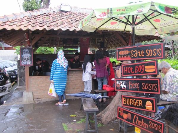 Kedai sosis bakar (Fitraya/detikTravel)