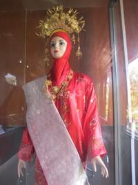 Pakaian adat khas Minang yang cantik (Afif/detikTravel)