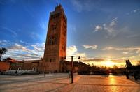 Menara di Masjid Koutubia (flickrhivemind.net)