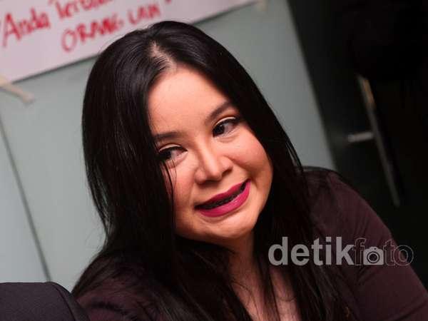 Annisa Bahar Ngaku Ditipu Suami Tessa Kaunang