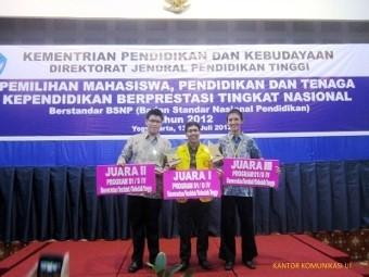 Mahasiswa UI Terpilih Sebagai Mahasiswa Berprestasi Nasional 2012