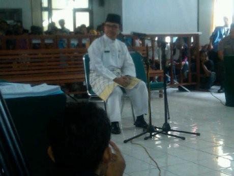 Bersaksi untuk Korupsi PON, Gubernur Riau Kerap Lupa