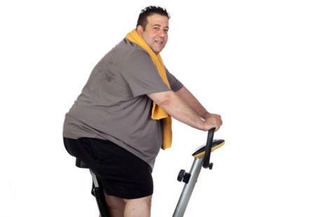 Hasil gambar untuk cowok gendut olahraga