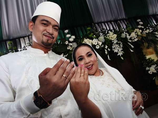 Nunung & Iyan Resmi Menikah