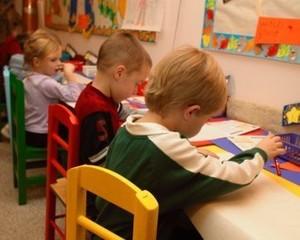 5 Langkah Bantu Si Kecil Beradaptasi Saat Baru Masuk Preschool