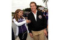 Sebelum menjabat sebagai gubernur California, Arnold Schwarzenegger dikenal sebagai aktor film laga. Badannya yang kekar didapat dari olahraga bodybuilding atau binaraga yang ditekuninya sejak masih muda. (Foto: detikHot)