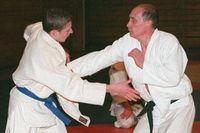 Salah satu politisi paling berpengaruh di Rusia, Vladimir Putin dikenal jago bela diri khususnya judo. Sabuk hitam di pinggangnya menunjukkan bahwa kemampuan bertarungnya sudah mencapai level tertinggi. (Foto: Telegraph)