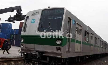 KRL Mania Gelar Petisi Penolakan Kenaikan Tarif KRL Commuter Line