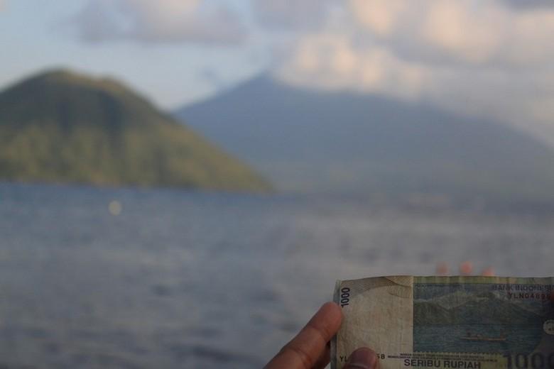 Maitara, pulau yang ada di uang Rp 1.000 (Moksa/detikTravel)