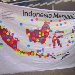 Puluhan Mahasiswa Bandung Tuliskan Harapannya untuk Indonesia