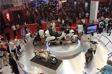 Honda CB150R StreetFire Jadi Pusat Perhatian Pengunjung JMCS 2012