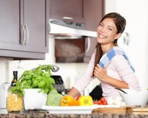 Trik Atur Dapur Bagi Ibu Sibuk Agar Pekerjaan Rumah Lebih Ringan